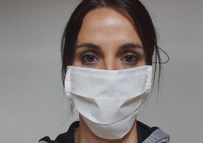 Voluntàries de Vilanova de Bellpuig impulsen la confecció de mascaretes protectores